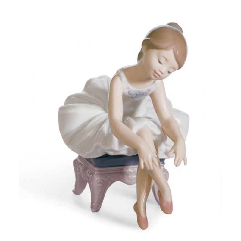 Статуэтка Маленькая балерина Lladro 01008125