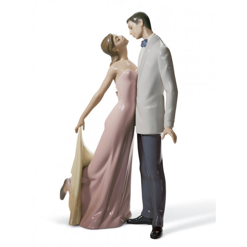 Статуетка  С юбилеем свадьбы LLADRO 01006475