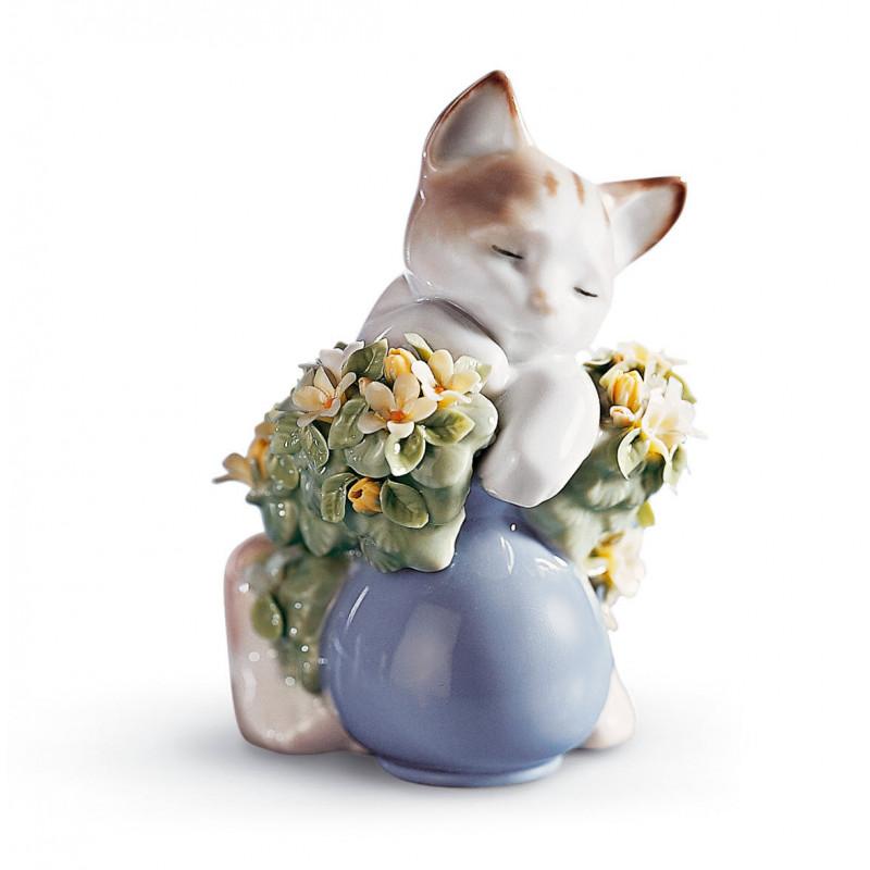 Мечтательный котенок LLADRO