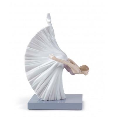 Статуэтка Балерина Жизель Реверанс Lladro 01008474